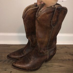 Ariat Distressed Cowgirl boots